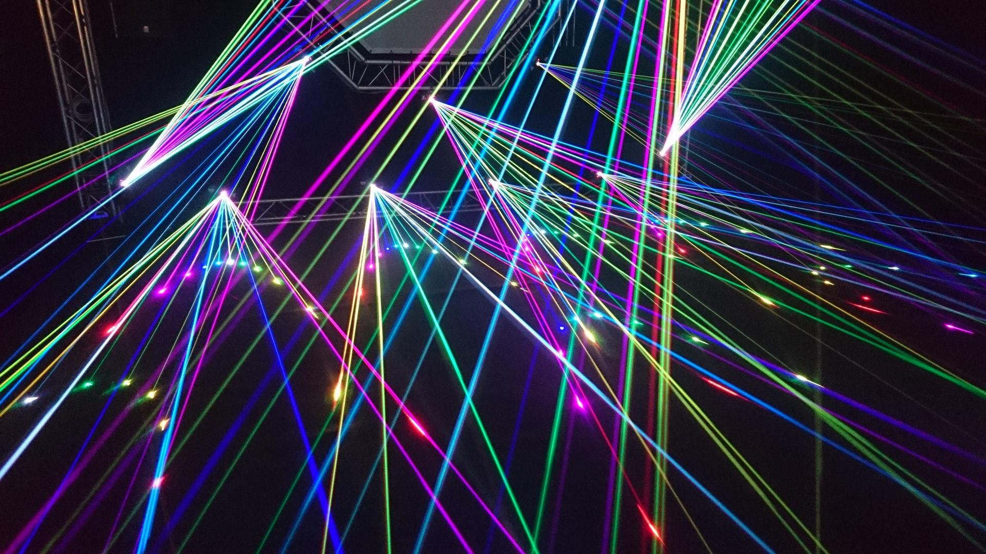 激光行业:制造业复苏驱动行业龙头业绩成长
